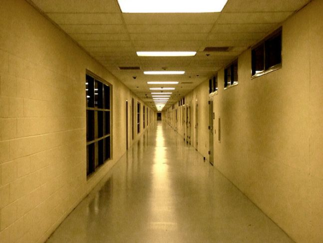 the flaws in the juvenile justice system in the state of massachusetts Jurisdictional boundaries states vary in how each sets the basic playing field there is not one uniform us juvenile justice system massachusetts: michigan.