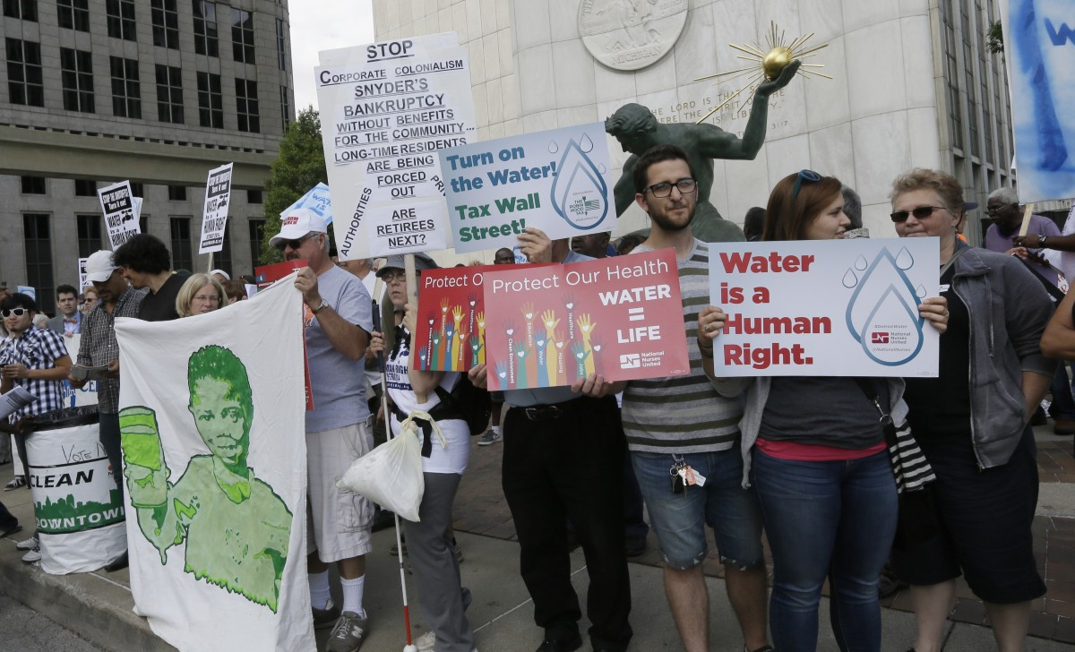 Detroit Offers Water Bill Assistance, Plumbing Help to Residents