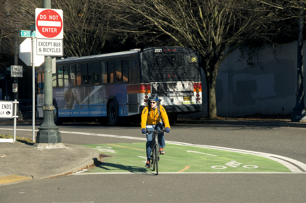 Portland Wants to Factor Cyclists Into the Speed Limit Equation