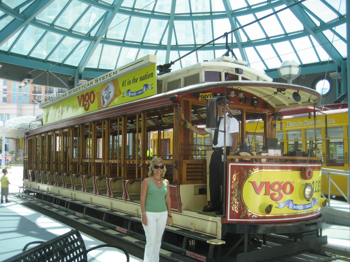 Cars Of Tampa >> Tampa Mayor Wants to Fix the Streetcar He Once Voted ...