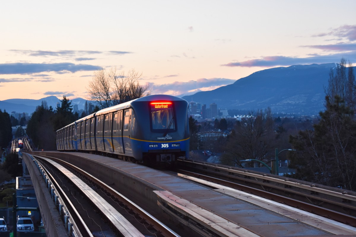 Light-rail project on hold as Vancouver regional mayors ...   Vancouver Light Rail