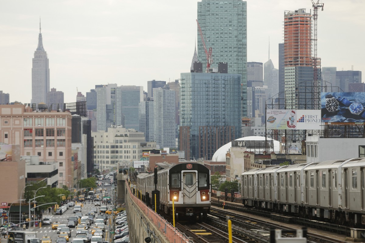 how to get to soho by train from queens