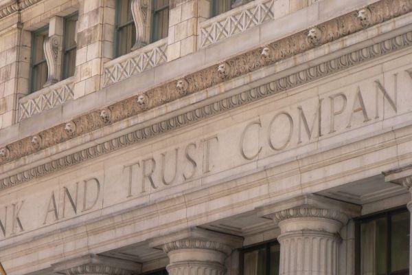 Bank facade in Chicago