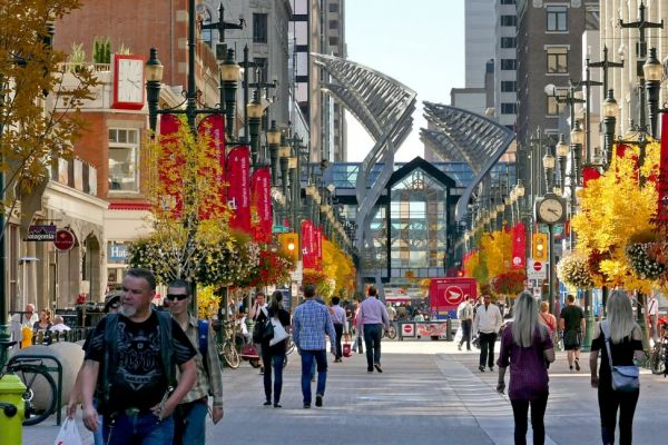 People walking and shopping on Calgary's main street