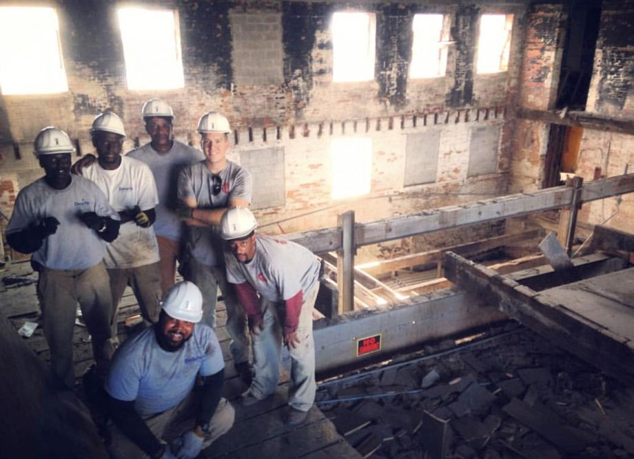 Credit Bust Gives Few Old Buildings >> Giving Building Materials And Ex Inmates A Second Chance In