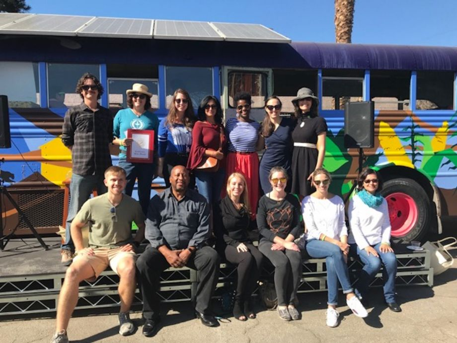 Veggie bus parks in los angeles food desert next city the renovation of a former school bus into the new veggie bus classroomseed library was funded by the us green building councillos angeles fandeluxe Images