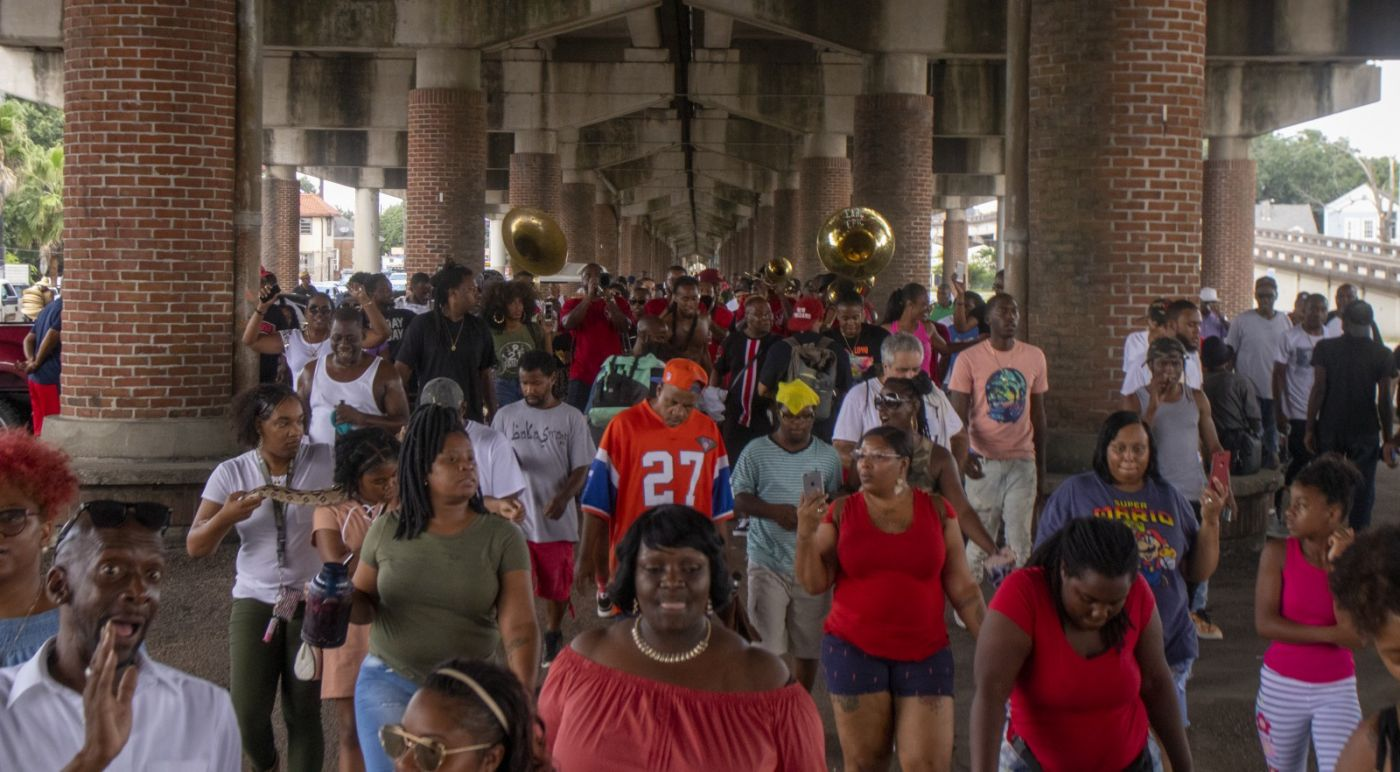 A Divided Neighborhood Comes Together under an Elevated Expressway
