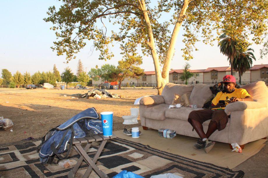 Sacramento stockton boulevard encampment 920 613 80