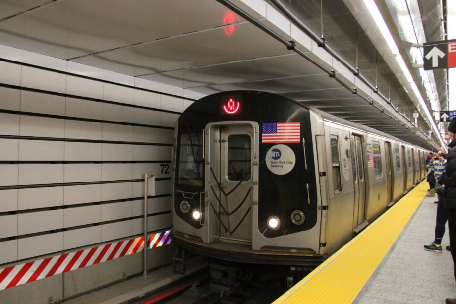 Meet the Reason Why NYC's Newest Subway Is So Quiet - Next ...