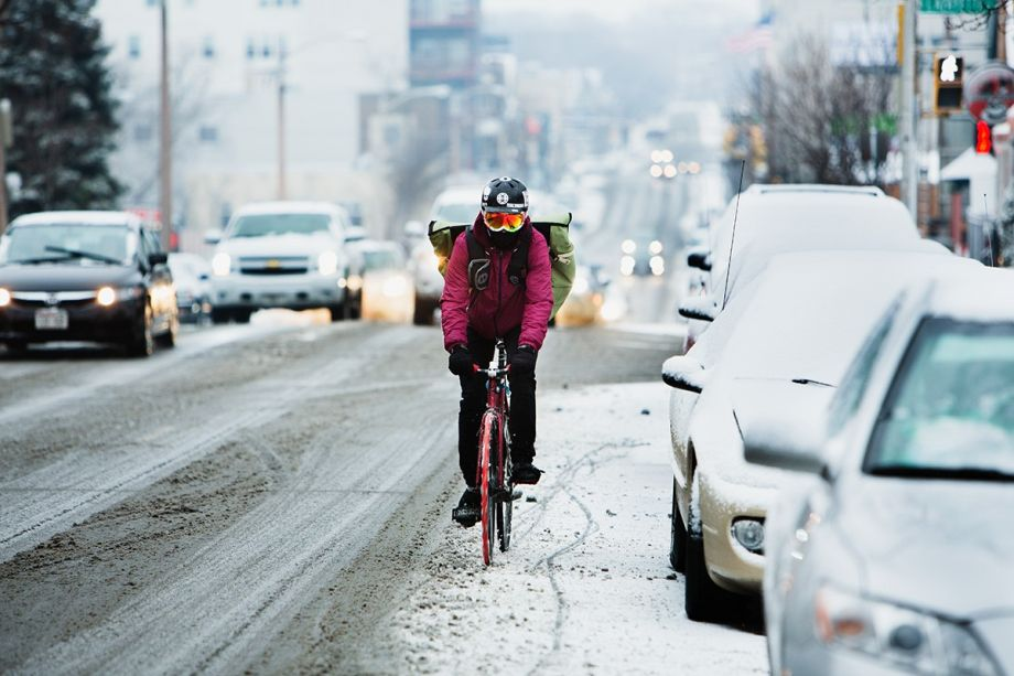 Read This If You Re Thinking About Riding Your Bike In The Snow